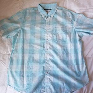 Old Navy men's button up plaid shirt
